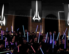 Esta academia te transforma en maestro Jedi