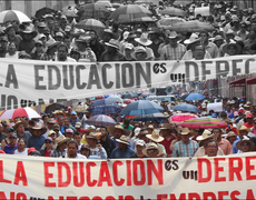 Maestros mexicanos abandonan las escuelas