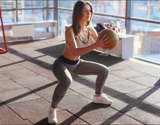 Tone Your Bum With This Medicine Ball Combo