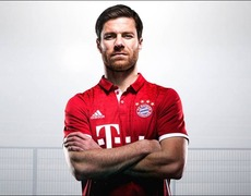 Soccer Star Xavi Alonso To Retire