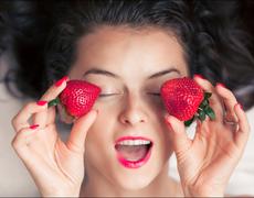 DIY Brightening And Toning Face Scrub