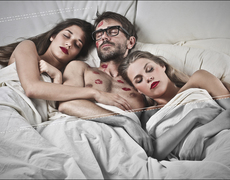Tips to consider before you have a threesome