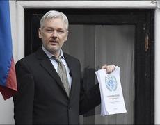 Wikileaks Backs Russia