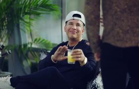 "Daddy Yankee, Romeo Santos, Nicki Jam ""Bella Y Sensual"" Official"