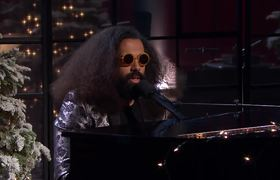 Reggie Watts' Holiday Song (James Corden)