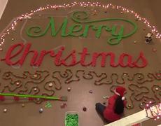 #VIRAL: Merry Christmas in Dominoes!