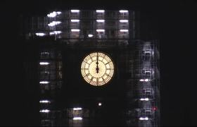 Big Ben and fireworks mark start of 2018 in London