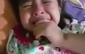 Niña llora por la salida de Rommel Pacheco de EXATLON MX