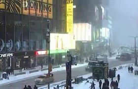 Bomb cyclone hits New York City #TimeLapse