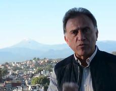 Yunes Linares llama loco a AMLO y lo acusa de vividor