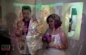 #VIDEO: Elvis Impersonator Renewed Wedding Vows For Couple Accused of Shackling Kids