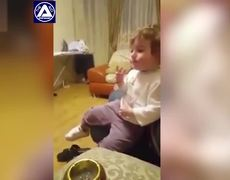 #VIRAL: Toddler smoking in front of his parents in Russia