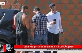 BRAD PITT PROVOCA CARAMBOLA EN LOS ANGELES