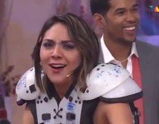 #Enamorandonos: Kiss cam de Popotitos con Juan Carlos y Guian !!