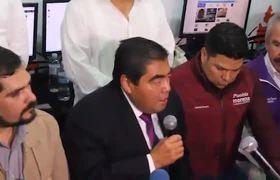 Barbosa a debatir al registrarse como candidato al gobierno de Puebla