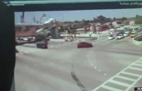 #CCTV: Shocking moment Florida bridge collapses on traffic