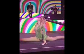 Sensual baile de Gloria Trevi donde mostro de más