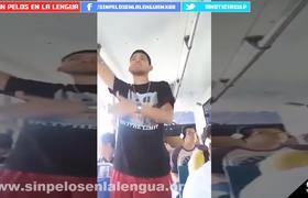 Jóvenes cantantes de Reynosa sorprenden a los pasajeros