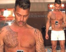 At 46, Ricky Martin boasts his body on Instagram