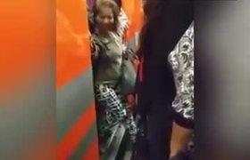Surge #LadySíQuepo en el Metro de al CDMX