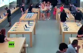 Roban productos de Apple valorados 27.000 dólares ante la clientela