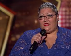 America's Got Talent 2018 - Christina Wells: Singer Proves She Is Enough With Emotional Performance