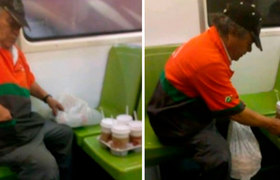 #VIRAL: Man cries in the Metro of the CDMX because it was not enough to buy a coffee