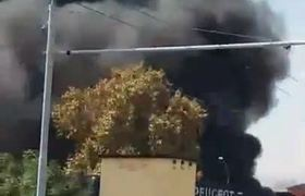 Explosión masiva causa Colapso de carretera en Italia
