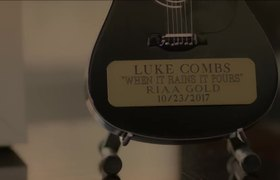 Luke Combs - She Got the Best of Me (Official Muisc Video)