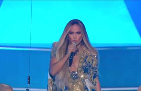 Jennifer Lopez Performs 'Get On The Floor', 'Love Don't Cost A Thing' & More | 2018 VMAs