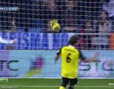 Real Madrid vs Sevilla 2 0 Gareth Bale Free Kick Goal 30102013