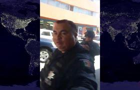 Policías detienen a joven por tener aspecto de malandro