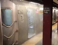 #VIDEO: Images of the flood in the NY subway