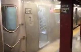 #VIDEO: Imagenes de la inundacion en el subway de NY