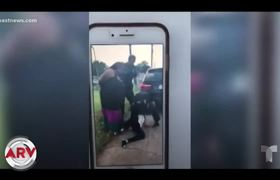 Arresto violento de dos niñas causa indignación