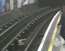 #CCTV: shows Tube pusher attacks on London Underground