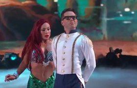 Bobby & Sharna's Waltz – Dancing with the Stars Disney Night 2018