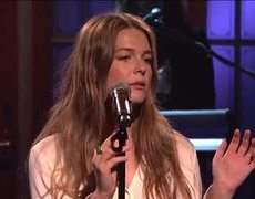 #SNL: Maggie Rogers: Light On (Live)