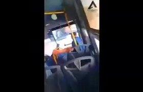 Evitan pasajeros atraco en camión de Nuevo Leon