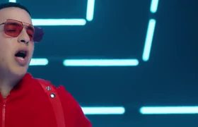 Daddy Yankee & Anuel AA - Adictiva (Video Official)