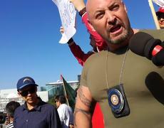 Iván Riebeling en la Marcha por Tijuana