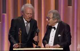 Clint Eastwood honors Lalo Schifrin at the #2018GovernorsAwards