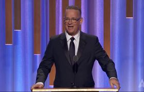 Tom Hanks honors Marvin Levy at the #2018GovernorsAwards