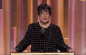 Kathy Bates honors Lalo Schifrin at the #2018GovernorsAwards
