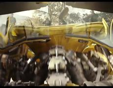 Surrounded By Soldiers Scene - BUMBLEBEE (2018)