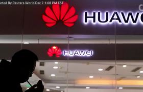 Kudlow Says Does Not See Huawei Issue Spilling Into Trade Talks With China