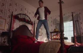 Kevin 28 años despues (HOME ALONE Commercial )