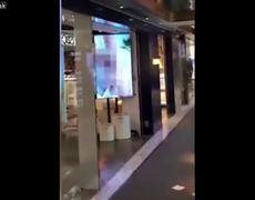 #VIRAL: Proyectan videos nopor en lugar de publicidad en centro comercial de China