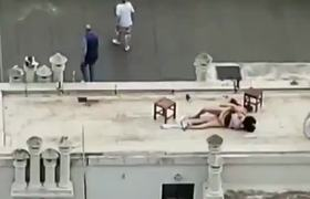 #VIRAL: Neighbors exhibit couple having S3X on the roof of the building