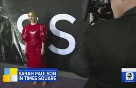 Sarah Paulson talks about the pop culture sensation 'Bird Box'